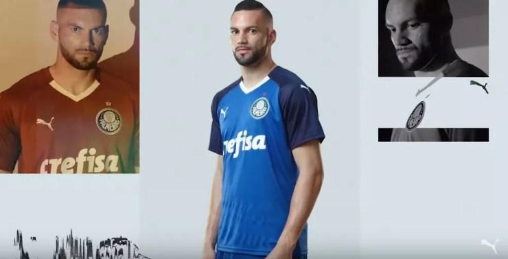 Weverton com a nova camisa de goleiro do Palmeiras — Foto: Reprodução / Youtube