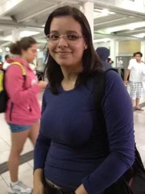 Nayra Dantas achou química difícil (Foto: Ana Carolina Moreno/G1)