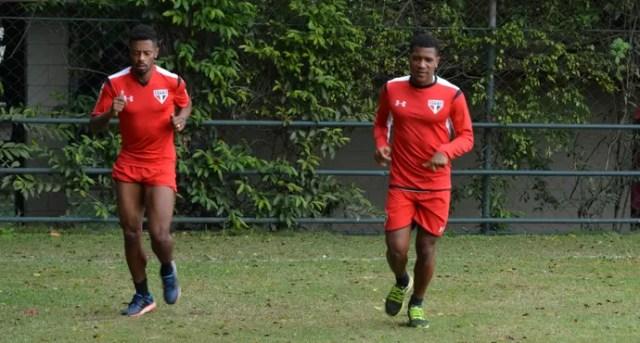 Michel Bastos e Wilder São Paulo (Foto: Erico Leonan - site oficial do São Paulo FC)