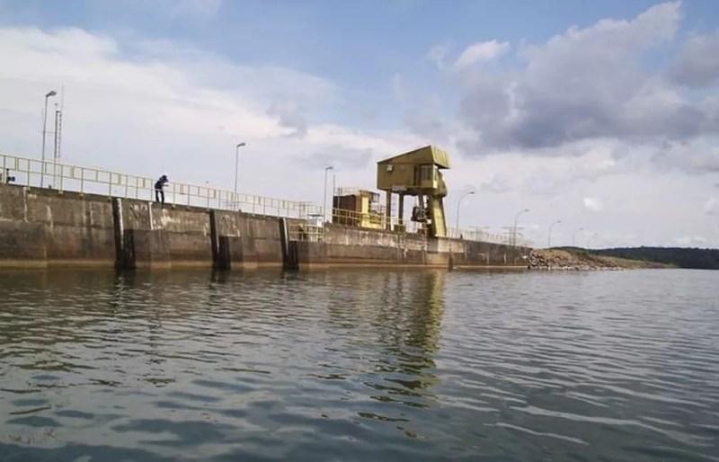 Recentemente, a usina de Balbina foi considerada a pior hidrelétrica brasileira, em uma lista de mais de 100 nomes composta por especialistas — Foto: Dubes Sônego/BBC NEWS BRASIL