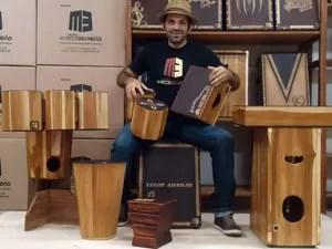 Marcos Brandão venderá o 'cajón' (Foto: Divulgação)