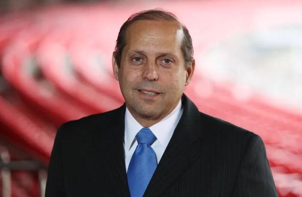 Roberto Natel, vice-presidente do São Paulo, é potencial candidato a presidente na eleição de dezembro — Foto: Rubens Chiri / saopaulofc.net
