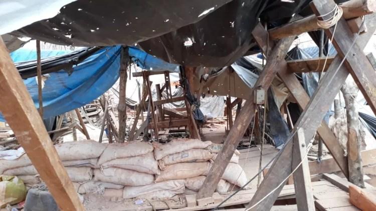Instalações no garimpo ilegal de Aripuanã — Foto: Arquivo pessoal