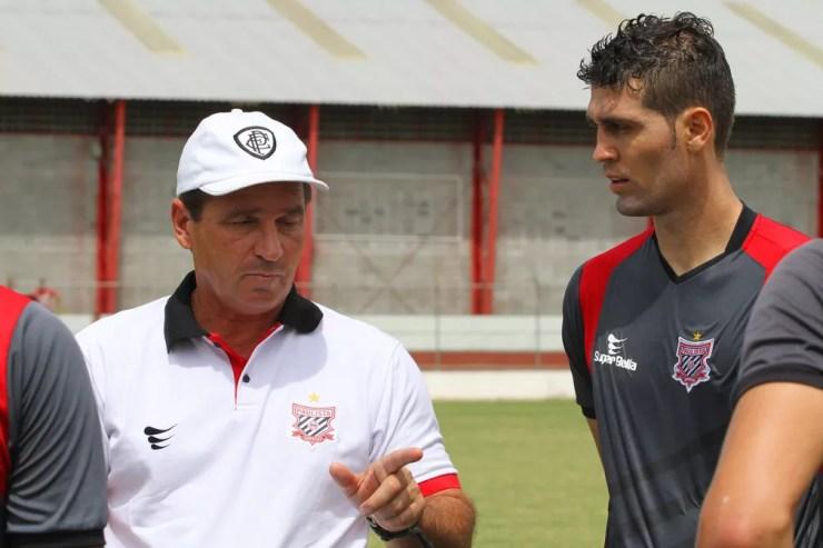 Último clube de Giba como técnico foi o Paulista de Jundiaí, em 2014 — Foto: Anderson Rodrigues / Sala de Imprensa