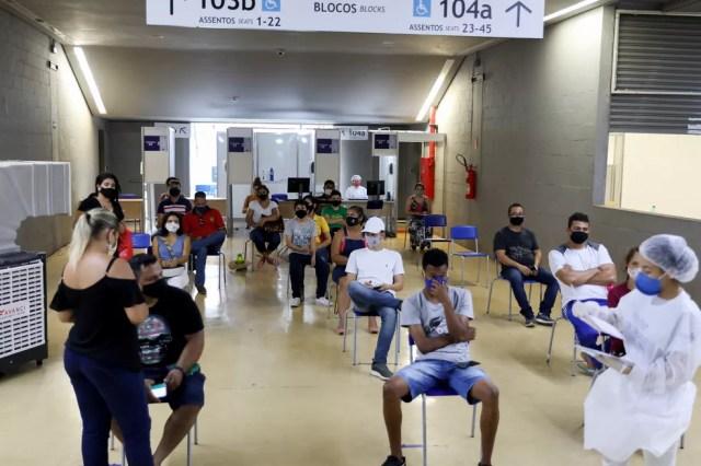 Centro de Triagem distribui 900 senhas de atendimento por dia — Foto: Tchélo Figueiredo - Secom/MT