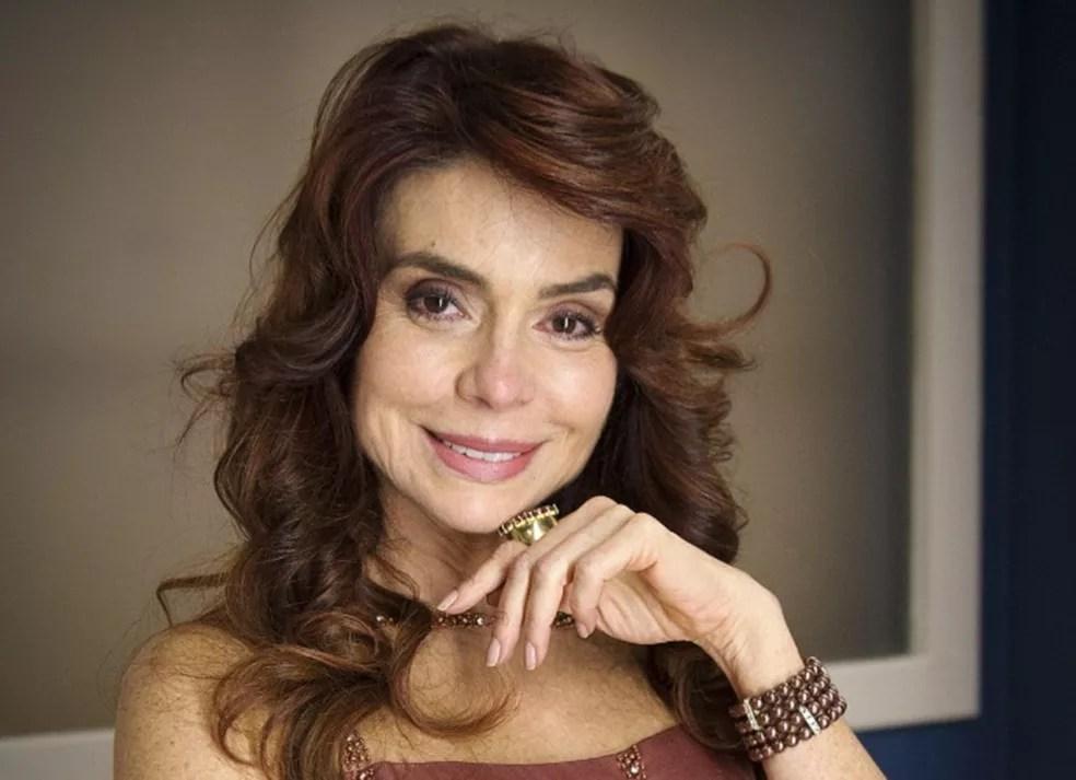 Françoise Forton é Emília (Foto: TV Globo)