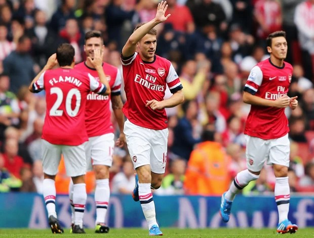 ramsey arsenal x stoke city (Foto  Getty Images) 26664d0283fd8