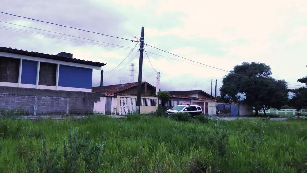 Corpo de Kauani foi encontrado em área de mata em Mongaguá, SP — Foto: G1 Santos