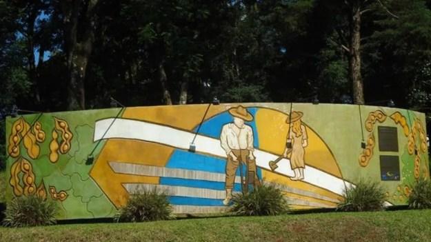 Memorial da Soja em Santa Rosa; cidade gaúcha ganhou o título de 'Berço Nacional da Soja' — Foto: Prefeitura de Santa Rosa/Divulgação