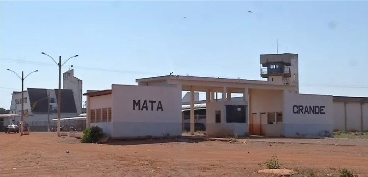 Golpes eram aplicados pelos presos da Penitenciária Major Eldo de Sá Corrêa (conhecida como Mata Grande) — Foto: Reprodução/TVCA