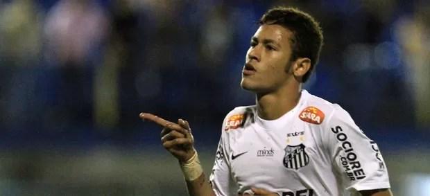 Neymar comemora, União Barbarense x Santos (Foto: Célio Messias/Agência Estado)
