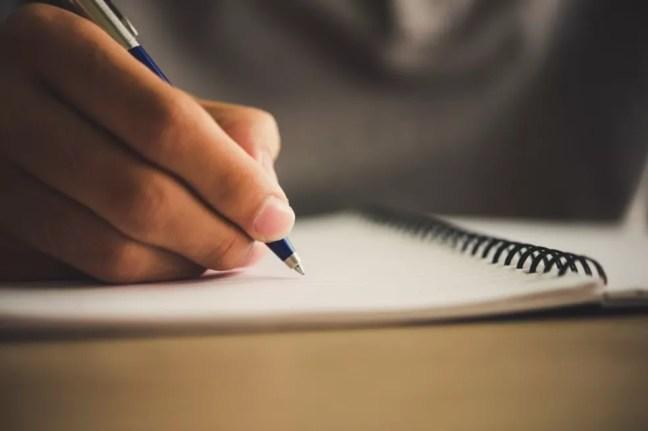 Caderno anotação caneta livro escrever bloco de notas — Foto: Divulgação