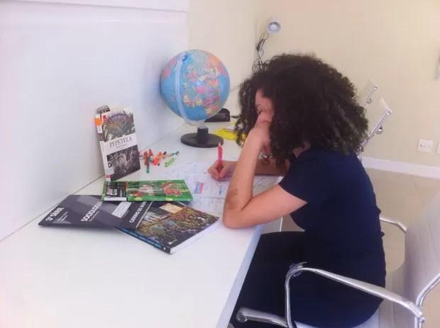Lúcia Sierra quer estudar relações internacionais (Foto: Arquivo pessoal )
