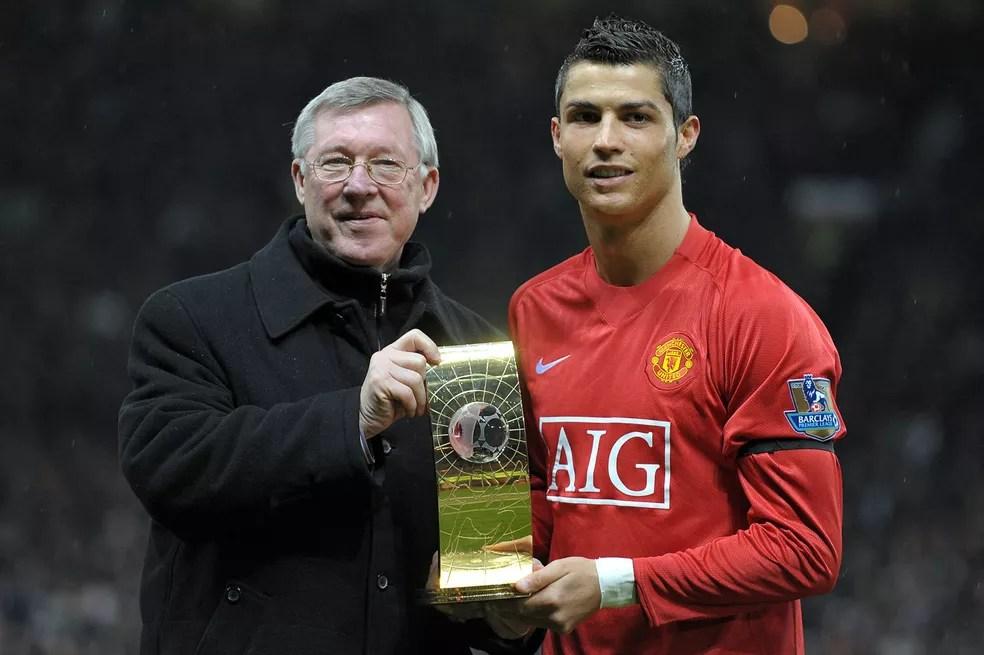Alex Ferguson foi fundamental para Cristiano Ronaldo ser eleito o melhor do mundo em 2008 — Foto: AFP