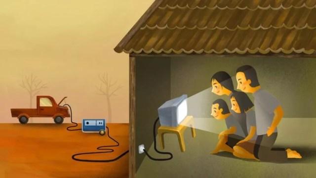 Às vezes, as TVs usam baterias de automóveis para funcionar — Foto: BBC