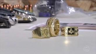 Anéis dos chefes de facção são avaliados em R$ 7 mil — Foto: TV Globo/Reprodução