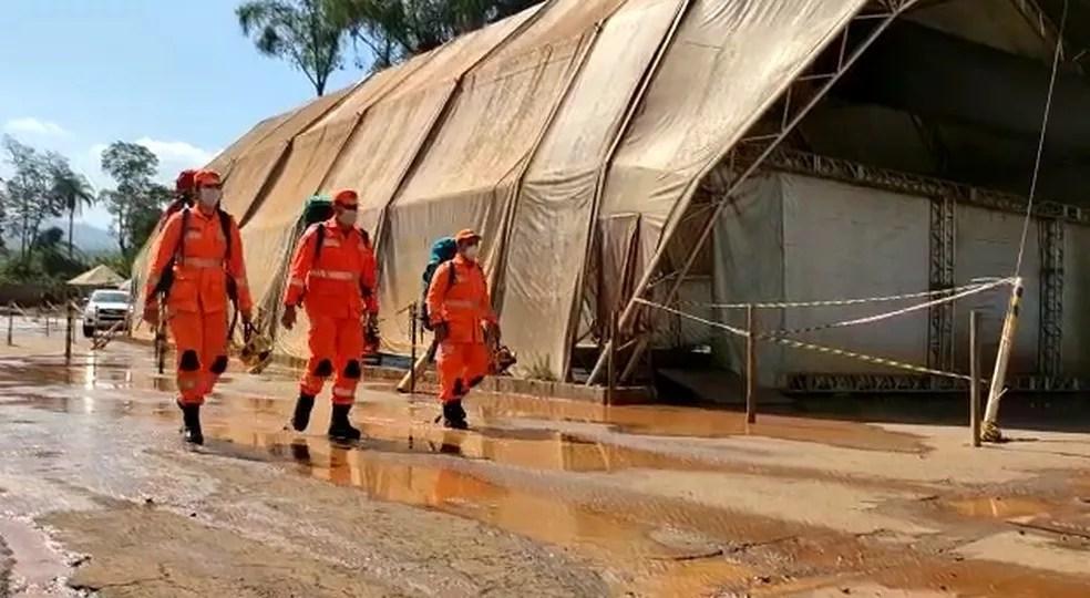 Bombeiros retomam buscas às vítimas da Vale  em Brumadinho nesta quarta-feira (12). — Foto: Corpo de Bombeiros de Minas Gerais