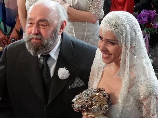Zarolha e Manoel das Onças se casam em uma linda cerimônia (Foto: Gabriela / TV Globo)