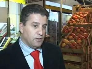 Nilton Fernandes Beato, corretor nas madrugadas de São Paulo (Foto: Reprodução)