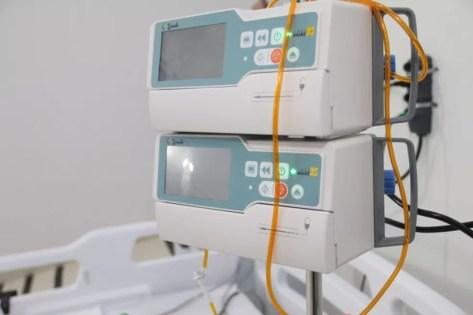 Hospital de Campanha de São Gonçalo do Amarante na Grande Natal Covid-19 UTI leitos clínicos Rio Grande do Norte aparelho saturação — Foto: Sandro Menezes