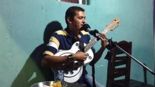 Documentário que fala sobre cantoria 'pé de parede' foi gravado em Monteiro e produzido em cinco meses — Foto: Reprodução/Youtube