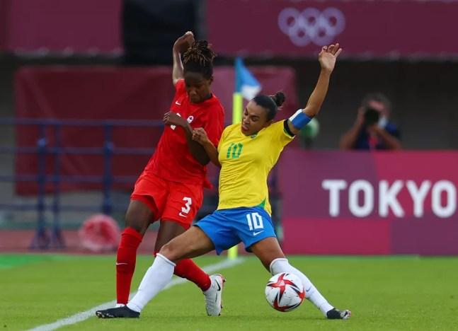 Aos 35 anos, Marta ainda sonha em representar o Brasil nos Jogos Olímpicos de Paris, em 2024 — Foto: REUTERS/Amr Abdallah Dalsh