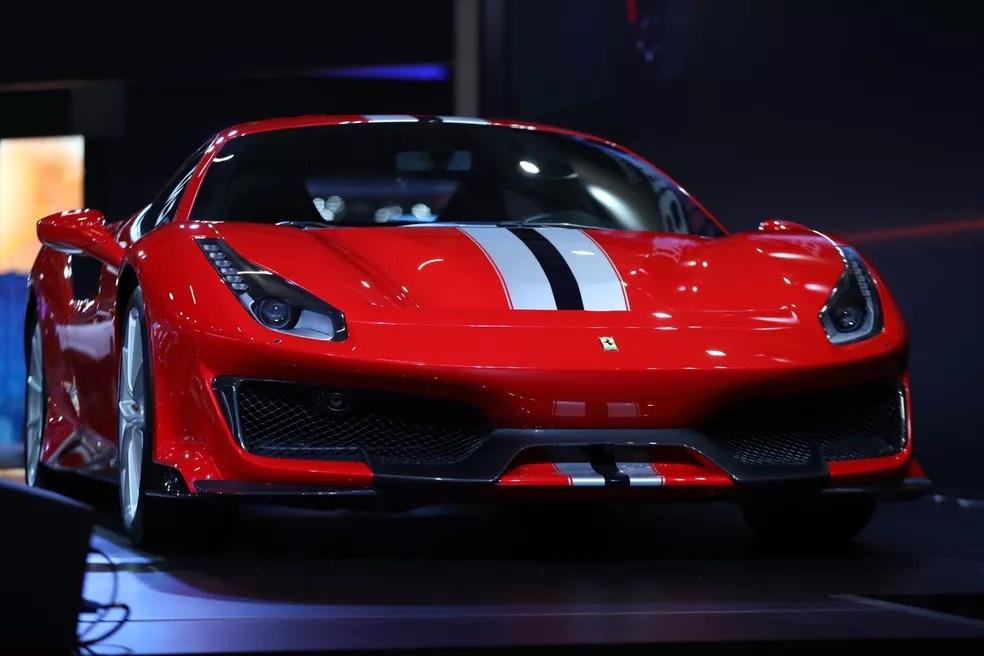 Ferrari 488 Pista no Salão