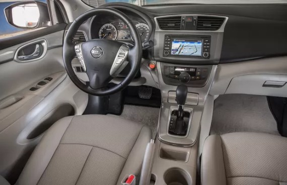 Sentra Unique 2016 interior