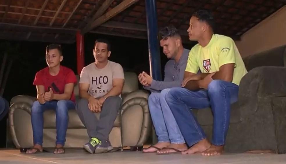 Primeiros imigrantes venezuelanos que iriam ser abrigados em Campina Grande chegaram na tarde desta quinta-feira (20) (Foto: Reprodução/TV Paraíba)