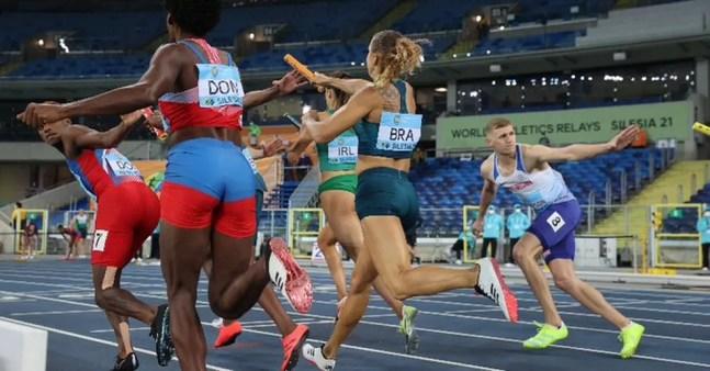 Brasil durante eliminatórias do Mundial de revezamento — Foto: Divulgação/World Athletics