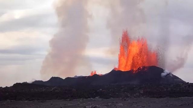 Registro do Bardarbunga e sua erupção poluente (Foto: Reprodução)