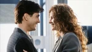 Julianne descobre que está apaixonada por Michael, seu melhor amigo, às vésperas do casamento dele. Com segundas intenções, ela aceita ser madrinha do casal.
