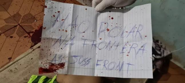 Bilhete foi deixado ao lado do corpo da vítima.  — Foto: Polícia paraguaia/Reprodução