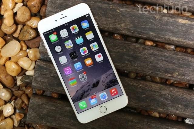 iPhone 6: ficha técnica é composta por processador Apple A8 e armazenamento de 16 GB, 32 GB, 64 GB e 128 GB — Foto: Lucas Mendes/TechTudo