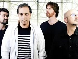 Da esq. para dir., Álvaro Birita, Bruno Gouveia, Miguel Flores e Carlos Coelho, do Biquíni Cavadão (Foto: Divulgação)