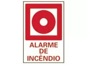 Placa mostra onde o alarme pode ser disparado (Foto: Corpo de Bombeiros de São Paulo)