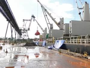 Porto de Santana movimentou 962.607 toneladas de cargas em 2013 (Foto: Aline Medeiros/CDSA)