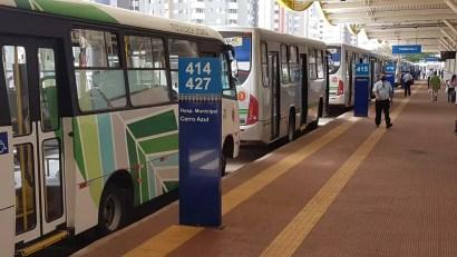 Motoristas e cobradores do transporte público suspendem greve em Maringá — Foto: Alex Magosso/RPC Maringá