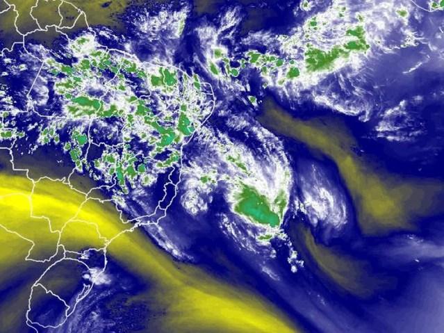 Formação de ciclone na costa brasileira — Foto: Climatempo