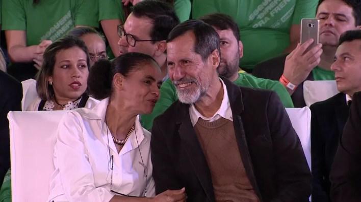 Marina Silva e Eduardo Jorge durante convenção da Rede, neste sábado (4) (Foto: Reprodução/TV Globo)