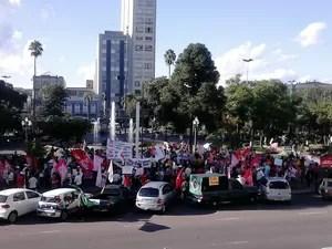 Manifestação em Caxias do Sul (Foto: Jean Prado/RBS TV)