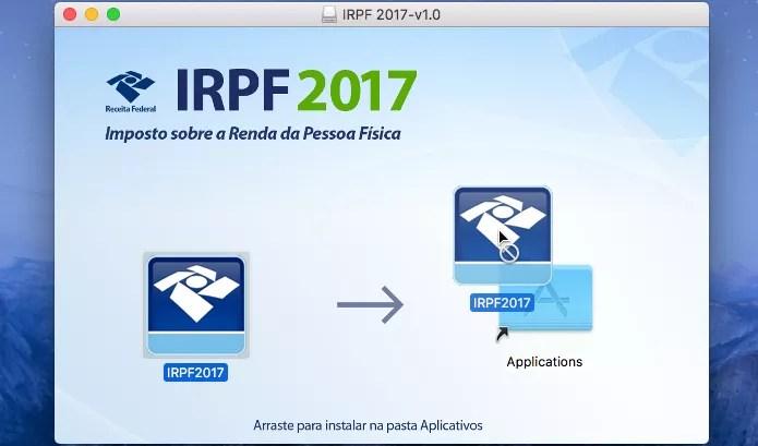 Arrastando o IRPF 2017 para a pasta Aplicativos do macOS (Foto: Reprodução/Edivaldo Brito)