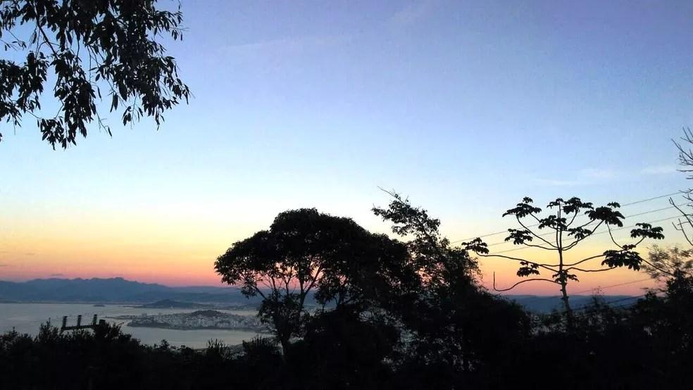 Florianópolis amanheceu com 9,9ºC (Foto: Fernanda Burigo/G1)
