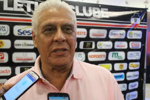 Roberto Dinamite em Teresina (Foto: Wenner Tito/GloboEsporte.com)
