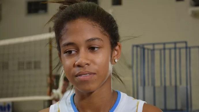 Ana Carolina comemorou vitória na estreia (Foto: Felipe Martins/GLOBOESPORTE.COM)
