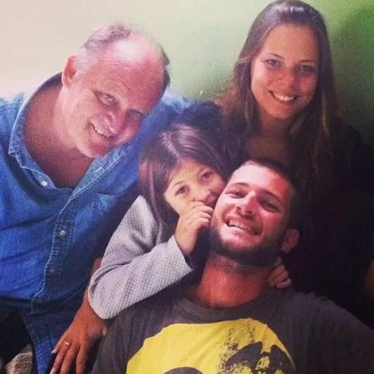 Cirano Rojabaglia com os filhos Pedro, Paloma e Nicole (Foto: Reprodução / Facebook)