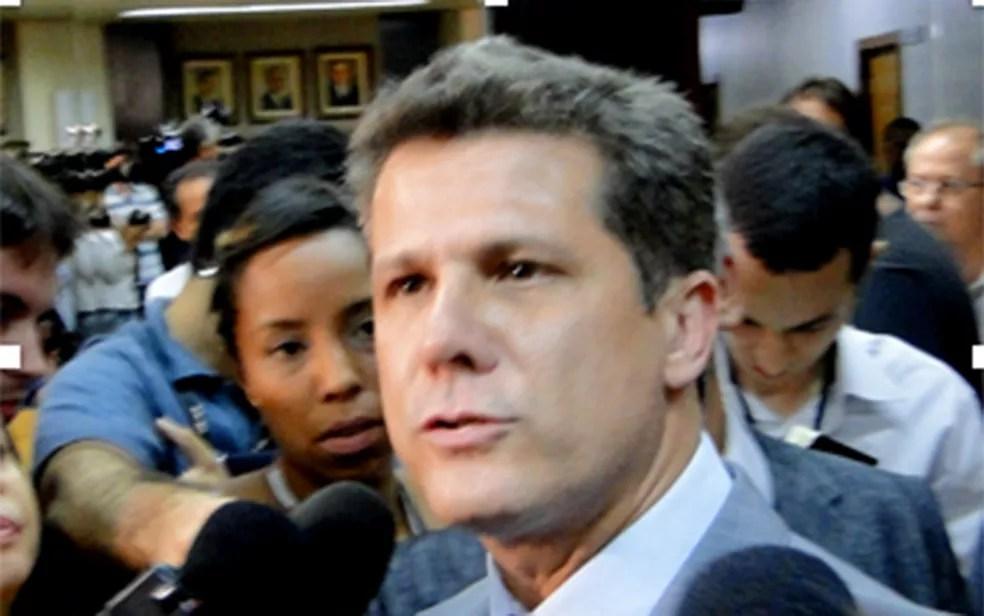 Léo Burguês  — Foto: Reprodução/TV Globo