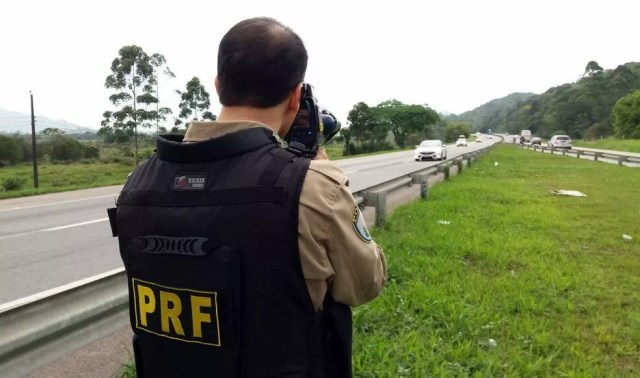 PRF intensificou fiscalização durante feriadão  (Foto: PRF/Divulgação)
