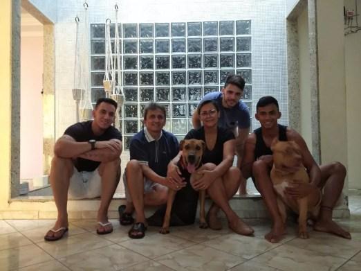 Marvin com a nova família em Mossoró — Foto: Arquivo pessoal