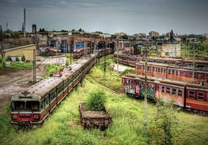 Depósito de trens abandonados, em Czestochowa, na Polónia